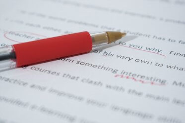 Top 10 Online Grammar Checkers (with Pros and Cons)